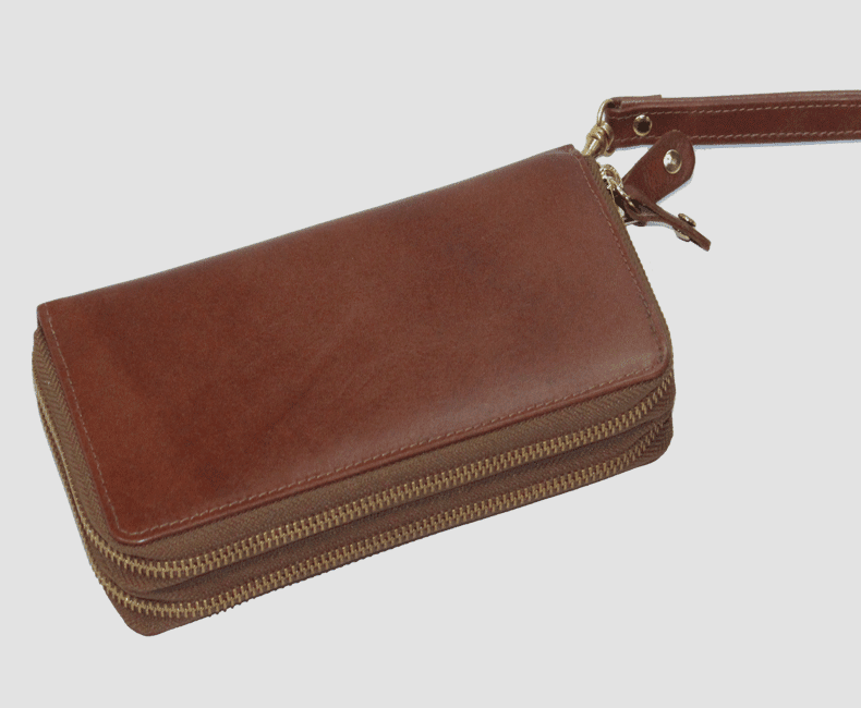 ladies_leather_zippered_wallet_3212
