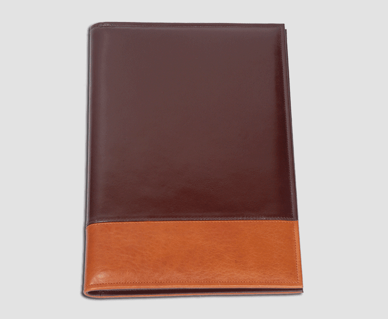 custom_leather_folder